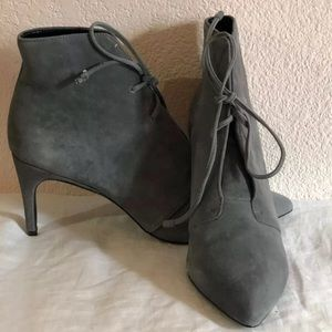 Charles David Lace Up Boots PORTIS SUEDE Sz 8